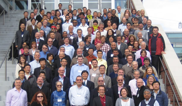 Symposium-group-photo